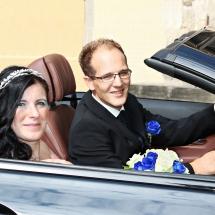 Im Hochzeitsauto